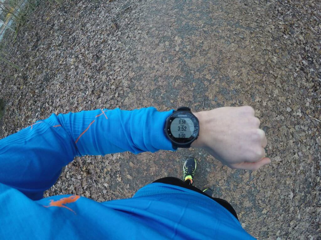 Garmin Forerunner 235 Test Top Down