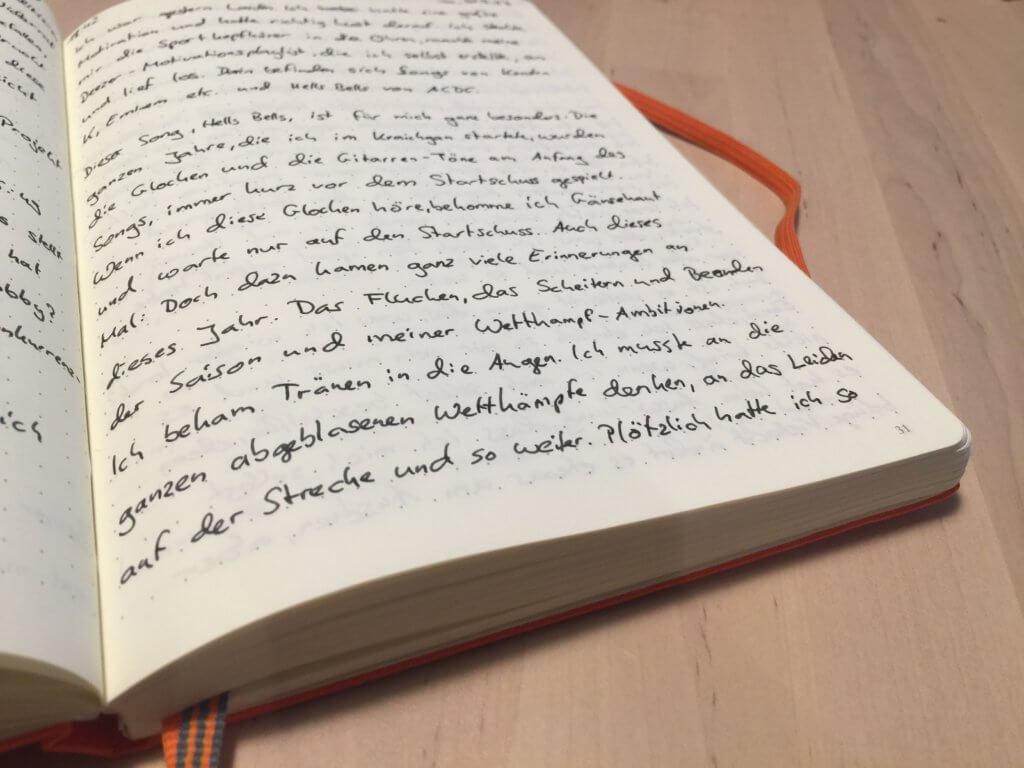 Journal schreiben, um seine Gedanken festzuhalten
