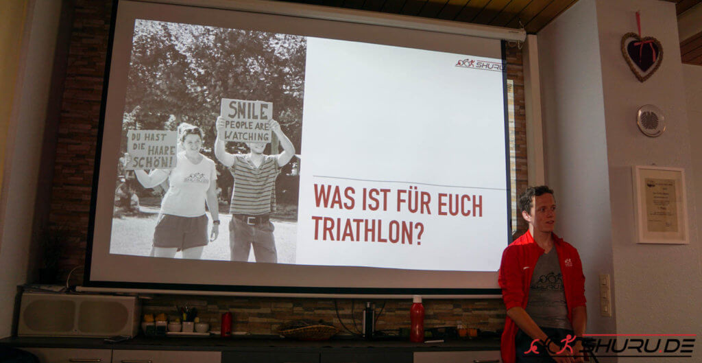 Shuru.de Team 10 Freunde Triathlon 2019 Präsentation am 1. Treffen