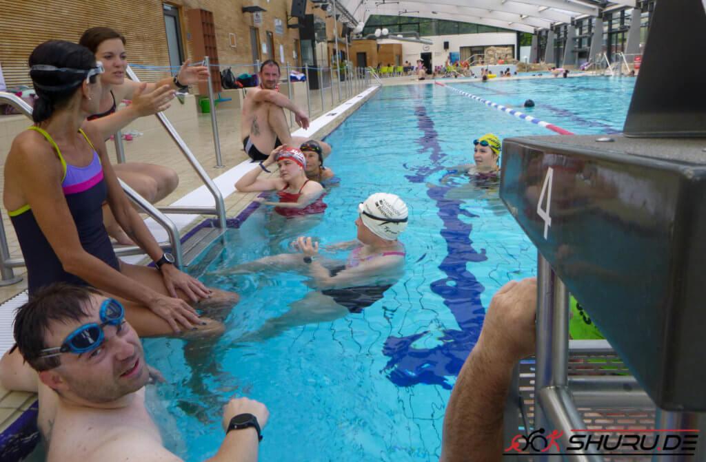 Shuru.de Team 10 Freunde Triathlon 2019 Schwimmen 1. Treffen