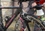 Fahrrad Pflege- mit Drucksprüher einsprühen